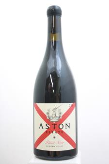 Aston Estate Pinot Noir 2009